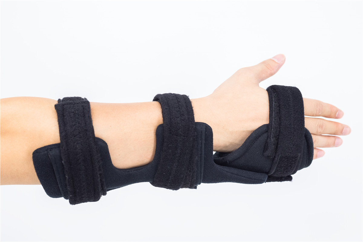 Adjustable angle Forearm wrist splints and hand braces for carpal tunnel